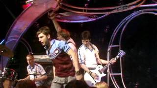 I'm Forever Blowing Bubbles (Top Of The Pops 22nd May 1980)