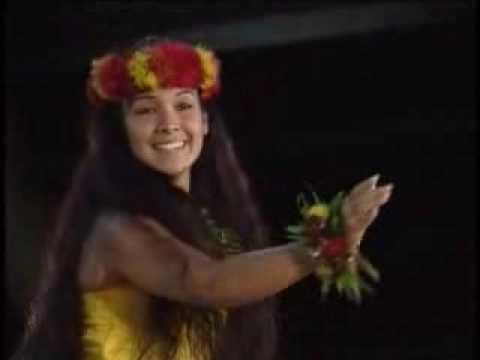 Miss Aloha 2001 Natasha Oda Merrie Monarch