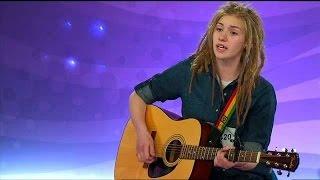 Moa Lignell knäckte juryn med sin egna låt (When I Held Ya) - Idol Sverige (TV4)