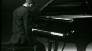 ALEXANDER SCRIABIN - NOCTURNE FOR THE LEFT HAND OPUS 9 No. 2  - ALEXIS WEISSENBERG