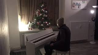 "Thomas Krüger – ""В лесу родилась ёлочка"" [Russian Christmas Song]"
