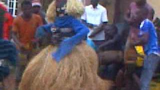 Video Egbeja n Evu mkpu masquerade dance to the drum beat at Akuke Enugu download MP3, 3GP, MP4, WEBM, AVI, FLV Juli 2018