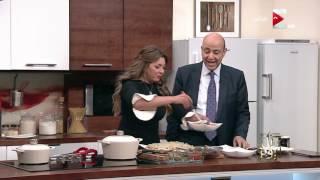 """كل يوم - عمرو أديب: أبيع مملكتي من أجل """"طبق فتة"""""""