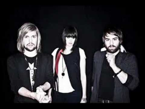 Band of skulls-Sweet Sour Lyrics