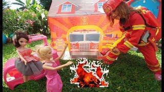 Barbie ve sely karavan ile ormana gidiyor yangin cikiyor itfaiye yetisebiliyor mu