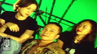 Iwa K - Nombok Dong (Official Music Video)