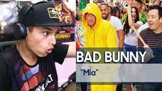 """Bad Bunny y Jimmy CANTAN """"MIA"""" en las calles del Viejo San Juan - Reaccion"""