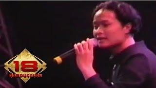 Video Alam - Pak Haji  (Live Konser Kepanjen 14 Mei 2006) download MP3, 3GP, MP4, WEBM, AVI, FLV Desember 2017