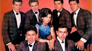 Rock años 60's (Oldies en español) PARTE 1 (Magia blanca, Lo soy, Chicharos dulces)