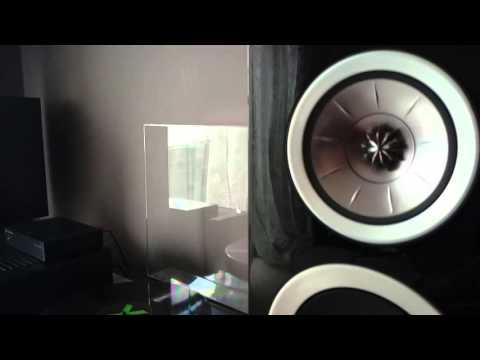 KEF R300 Demo | FunnyCat TV