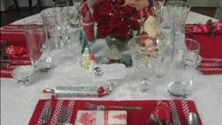 How To Set The Table For Christmas Dinner : Arranging Placemats For Christmas Dinner