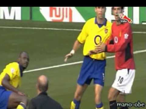 Arsenal Fighting With Manchester United's Super Stars