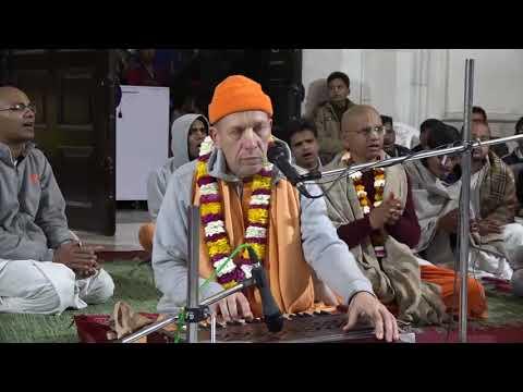 Hare Krishna Kirtan  (14-01- 2018 @ ISKCON Ujjain)