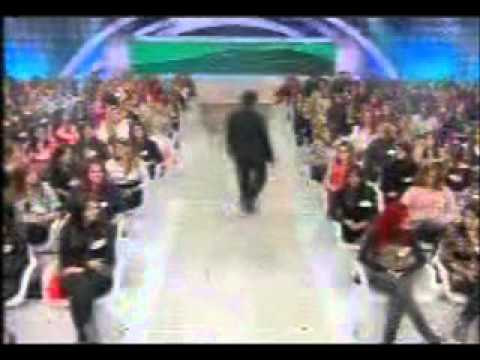Programa Silvio Santos 21/08/2011 (1)FC Bailarinas SBT Travel Video