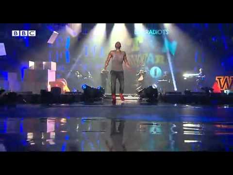 Jason Derulo - Don't Wanna Go Home - BBC Radio 1 Teen Awards 2011