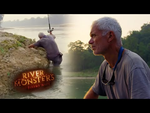 This Fish Dragged Jeremy Under! | CATFISH | River Monsters