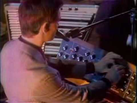 kraftwerk - Autobahn midnight special (us tv 1975)