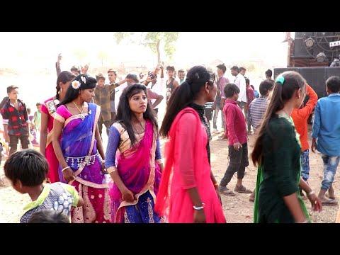 Ek Aisi Ladki Thi Jise Main Pyar Karta Tha | Gujarati New Superhit Timli Song Pe Dance | 2018 |