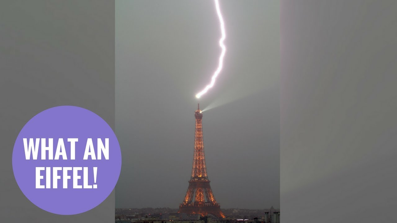 Photographer captures the moment lightning hits the top of the Eiffel Tower