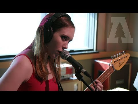 Soccer Mommy - Try - Audiotree Live (1 of 6)