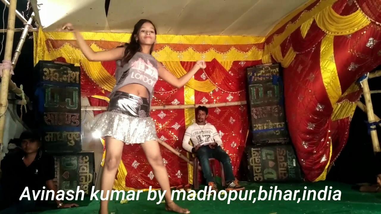 Aayega Maza Ab Barsaat Ka Full Song Free mp3 download