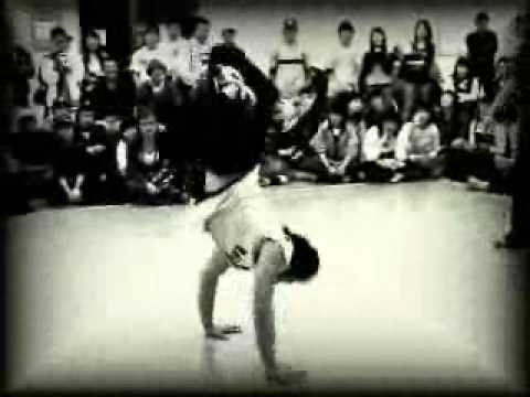 Amazing asian breakdancers