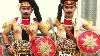 Tari EKO PRAWIRO - Javanese Dance Costume & Make Up - Kostum Rias Tari Jawa [HD] Mp3