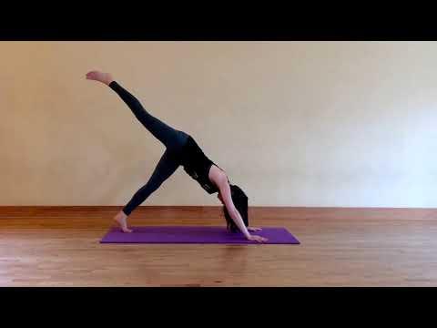 10 Minute Energizing Yoga Flow