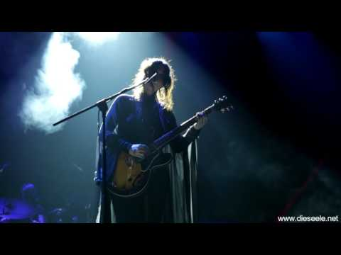 Chelsea Wolfe - Survive / Smoke The Fuzz Fest @ Academy Athens (29-04-2017)