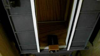 Проверка реверса в кабине лифта.(Проверка реверса в кабине лифта., 2011-10-30T12:46:44.000Z)