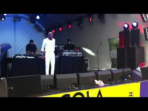 Mos Def aka Yasiin Bey- Travellin Man (Live @ Afisha, 21.07.12)