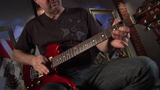 How to Use a Whammy Bar - Tremolo Bar - Whammy Bar Lesson - Guitar Tricks 39