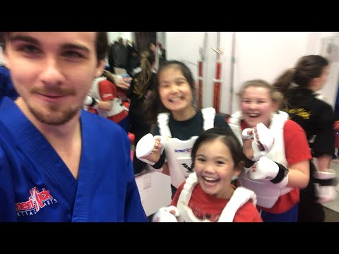 Sensei flaretheunknown teaches karate fighting LIVE!!!