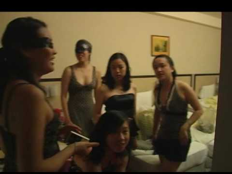 Taiwan Loveboat 2008 - Going to Room 18