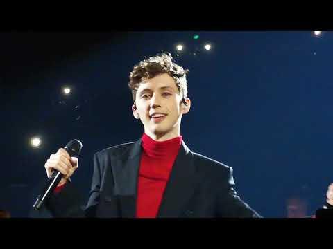 SEVENTEEN Troye Sivan Concert In Manila For Bloom Tour Opening Number #TroyeSivanMNL