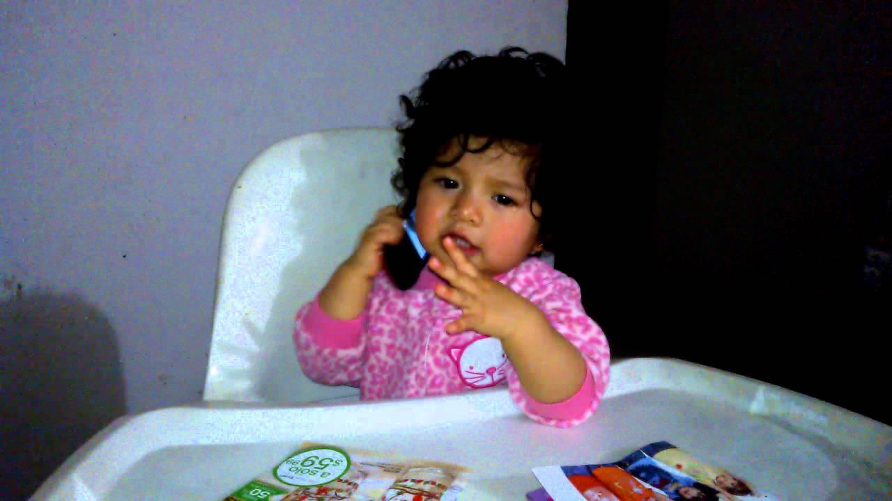 Bebe Hablando Por Telefono: Bebe Hablando Por Telefono