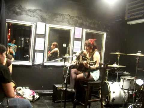 Rough hands -alexisonfire cover @the speak easy bar Epping . by jayde tyla.
