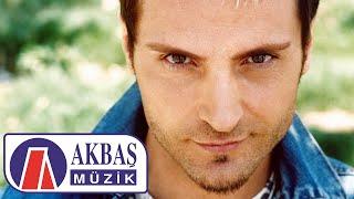 Gambar cover Uyusunda Büyüsün  - Sinan Özen (Official Video)