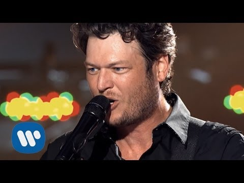 Blake Shelton - Kiss My Country Ass (Official Music Video) mp3