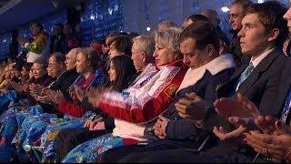 видео: Медведев уснул на открытии Олимпиады в Сочи 2014