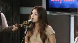 Lucy Hale - Kiss Me (Live) 9.3.13
