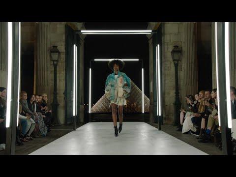 Louis Vuitton Women's Spring-Summer 2019 Show