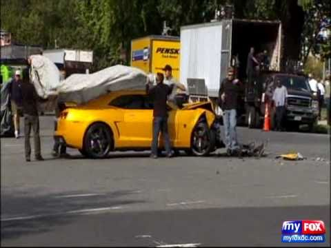 Transformers 3 Bumblebee Camaro Crashes While Filming In Dc Youtube