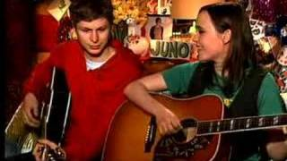 Ellen Page and Michael Cera sing about the movie JUNO