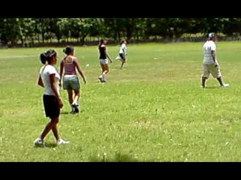 Chicas Jugando Futbol En La Juan Ramon Molina Youtube