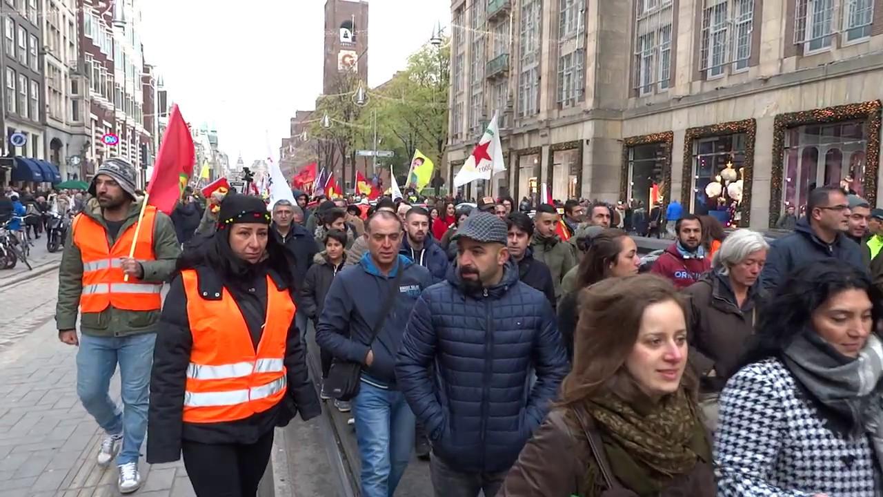 Demonstratie koerden amsterdam voor vrijlating hdp for Demonstratie amsterdam