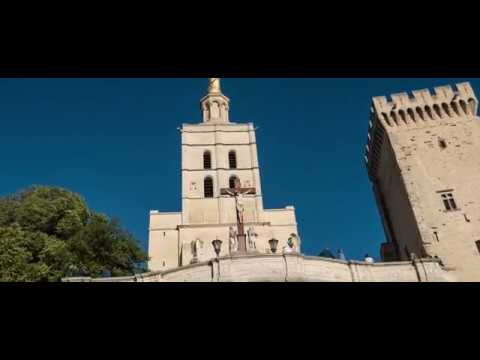 Avignon Drone Video Tour | Expedia