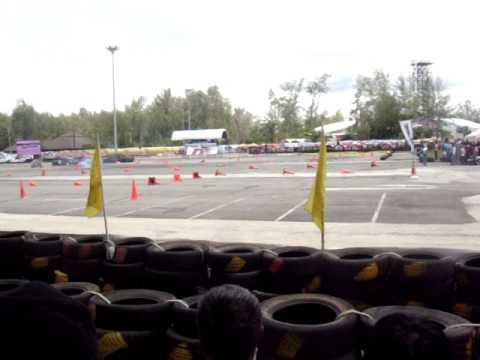 วีดีโอรถแข่งvee