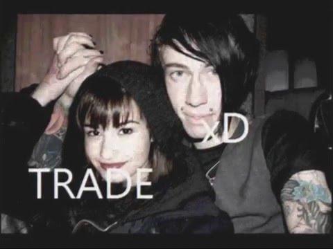 Must Watch!!! Demi Lovato & Trace Cyrus