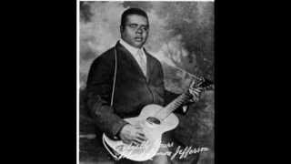 Watch Blind Lemon Jefferson Rising High Water Blues video